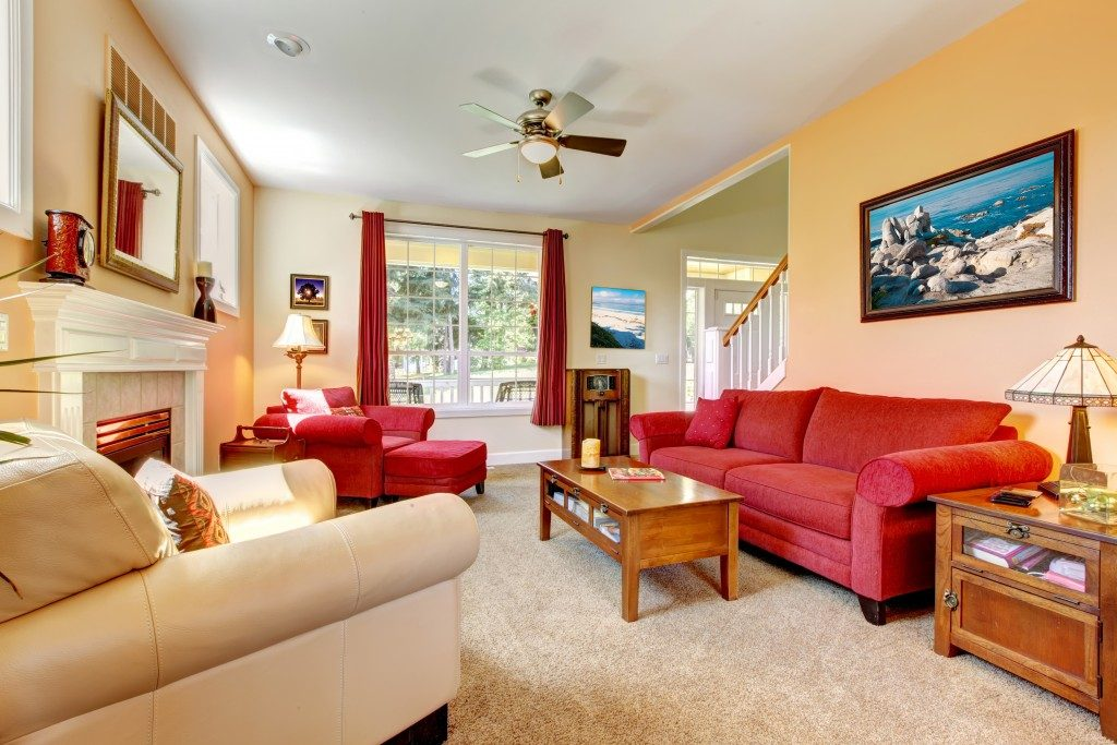 Living room with peach and red theme
